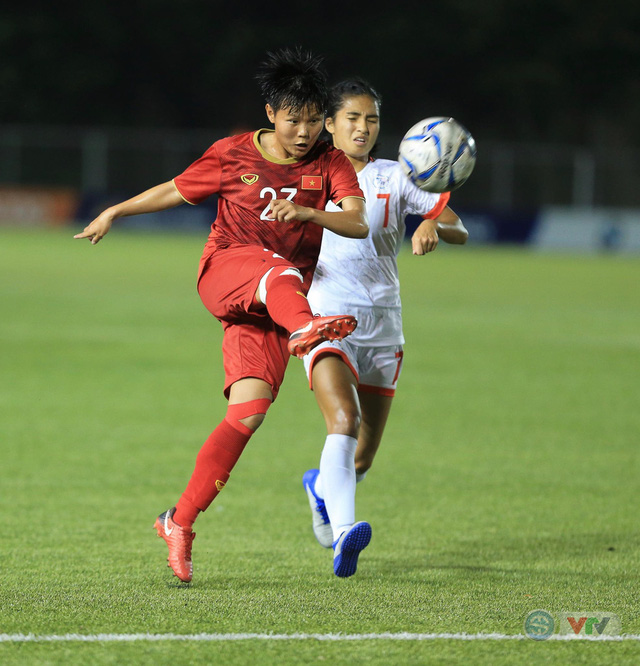 ẢNH: ĐT nữ Việt Nam thi đấu kiên cường, thắng thuyết phục ĐT nữ Phillipines để tiến vào chung kết SEA Games 30 - Ảnh 3.