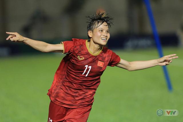 ẢNH: ĐT nữ Việt Nam thi đấu kiên cường, thắng thuyết phục ĐT nữ Phillipines để tiến vào chung kết SEA Games 30 - Ảnh 6.