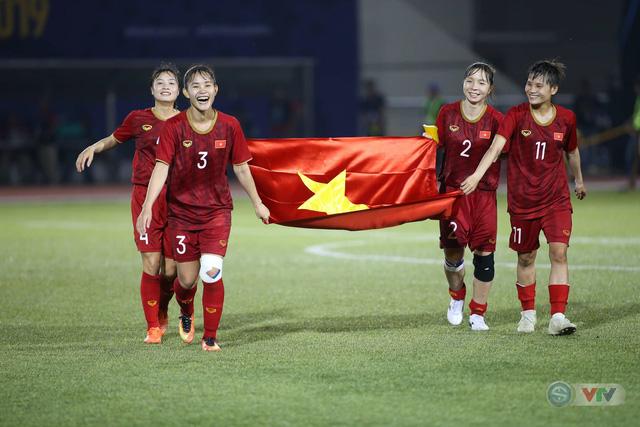 ẢNH: ĐT nữ Việt Nam thi đấu kiên cường, thắng thuyết phục ĐT nữ Phillipines để tiến vào chung kết SEA Games 30 - Ảnh 14.