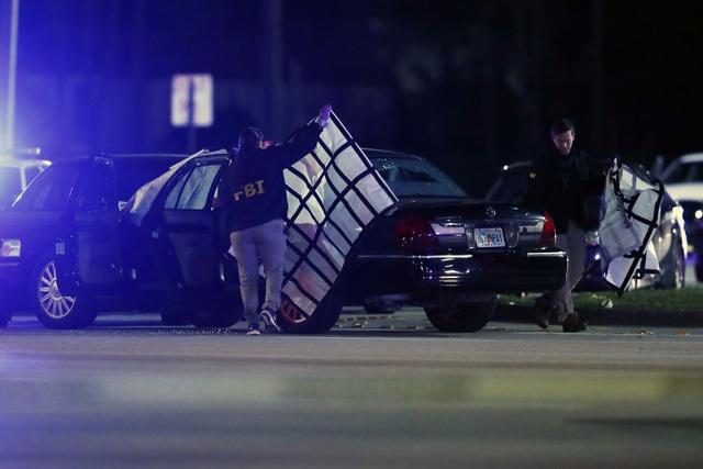 Mỹ: Đấu súng tại nút giao thông ở Florida gây nhiều thương vong - Ảnh 2.