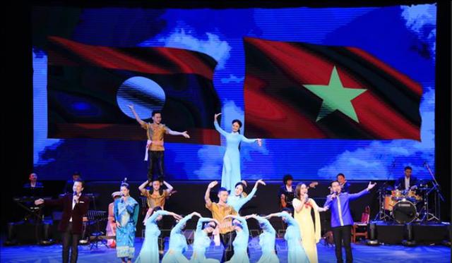 Khai mạc Tuần Văn hóa Việt Nam năm 2019 tại Lào - Ảnh 2.