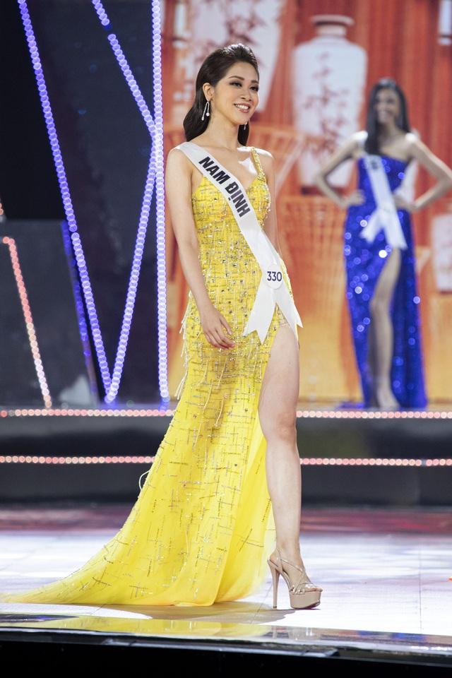 Top 10 Hoa hậu Hoàn vũ Việt Nam khoe sắc với trang phục dạ hội - Ảnh 2.
