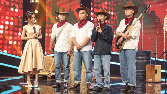 Ngân Quỳnh chê giọng hát của Sam trên sóng truyền hình - Ảnh 4.