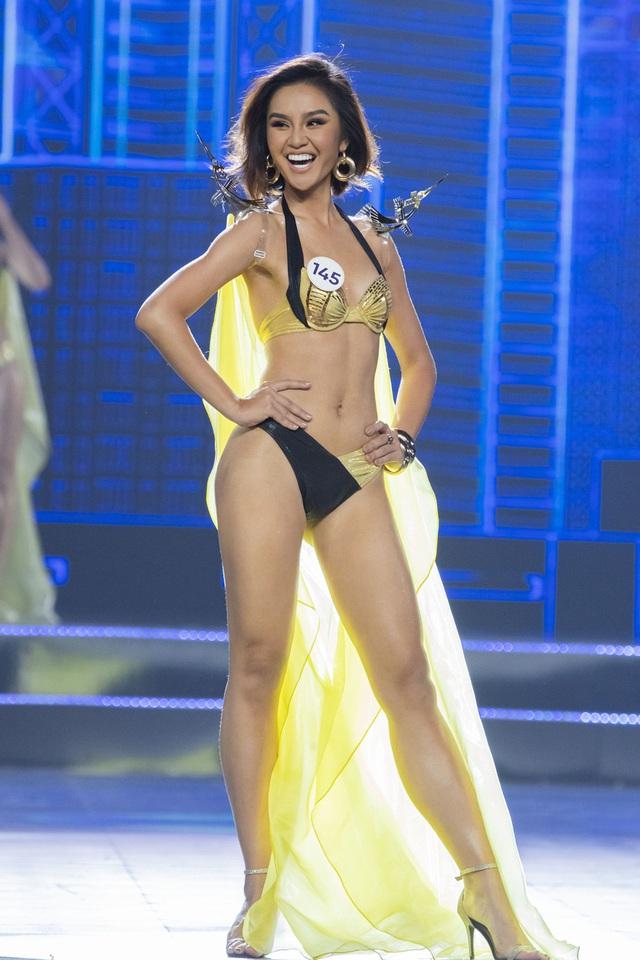 Top 15 Hoa hậu Hoàn vũ Việt Nam nóng bỏng trong trang phục bikini - Ảnh 8.
