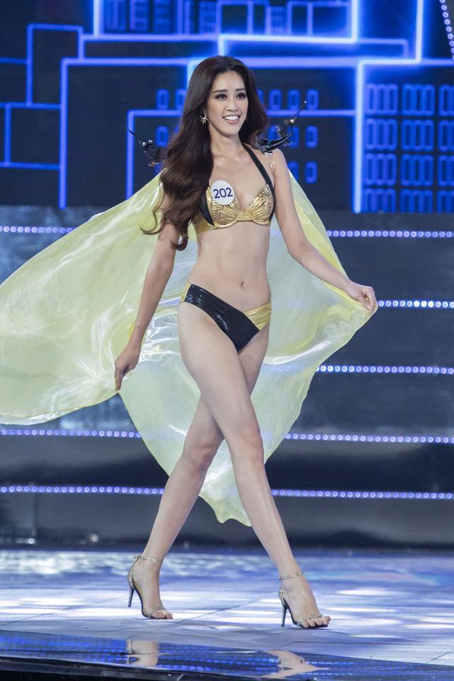Top 15 Hoa hậu Hoàn vũ Việt Nam nóng bỏng trong trang phục bikini - Ảnh 6.