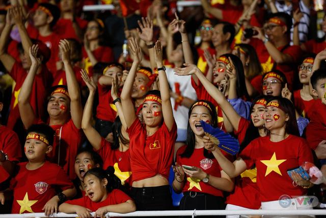 ẢNH: Những khoảnh khắc ấn tượng trong chiến thắng của U22 Việt Nam trước U22 Campuchia - Ảnh 18.