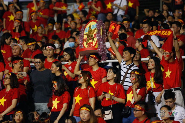 ẢNH: Những khoảnh khắc ấn tượng trong chiến thắng của U22 Việt Nam trước U22 Campuchia - Ảnh 1.