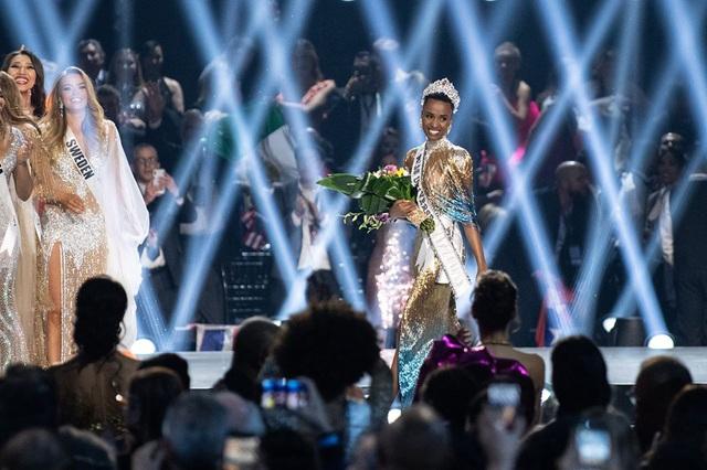 Người đẹp Nam Phi đăng quang Hoa hậu Hoàn vũ 2019 - Ảnh 2.
