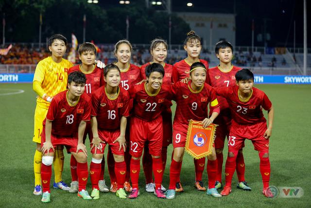 ẢNH: ĐT nữ Việt Nam thắng kịch tính trước Thái Lan, giành HCV bóng đá nữ SEA Games 30 - Ảnh 2.