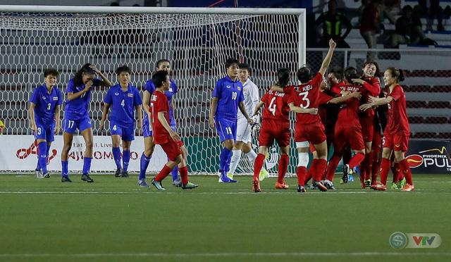 ẢNH: ĐT nữ Việt Nam thắng kịch tính trước Thái Lan, giành HCV bóng đá nữ SEA Games 30 - Ảnh 17.