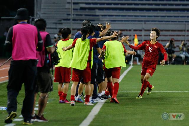ẢNH: ĐT nữ Việt Nam thắng kịch tính trước Thái Lan, giành HCV bóng đá nữ SEA Games 30 - Ảnh 18.