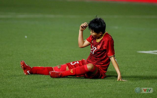 ẢNH: ĐT nữ Việt Nam thắng kịch tính trước Thái Lan, giành HCV bóng đá nữ SEA Games 30 - Ảnh 8.