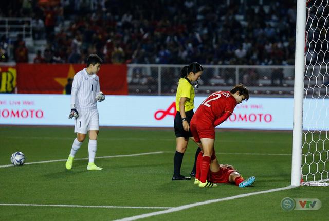 ẢNH: ĐT nữ Việt Nam thắng kịch tính trước Thái Lan, giành HCV bóng đá nữ SEA Games 30 - Ảnh 7.