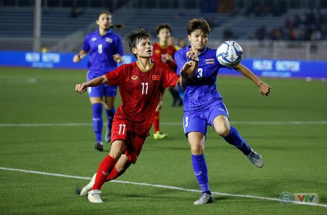 ẢNH: ĐT nữ Việt Nam thắng kịch tính trước Thái Lan, giành HCV bóng đá nữ SEA Games 30 - Ảnh 4.