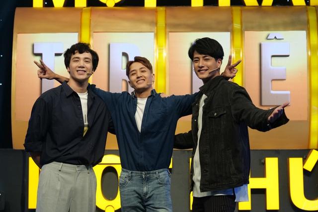 3 hot boy Người ấy là ai đổ bộ 100 triệu 1 phút khiến Ngô Kiến Huy ghen tỵ - Ảnh 2.