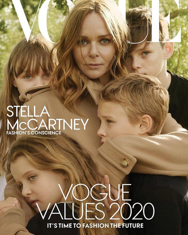 NTK Stella McCartney mang các con lên bìa tạp chí - Ảnh 1.