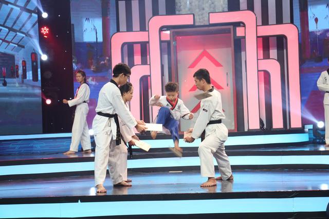Vũ công Quang Đăng xác lập kỷ lục chưa từng có tại Bộ ba siêu đẳng - Ảnh 3.