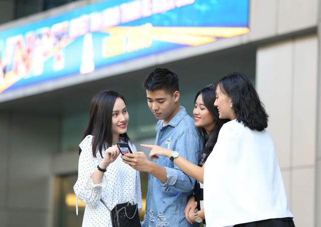 Tin vui cho người dùng iPhone XS, XR: Các nhà mạng chính thức ra mắt eSIM với nhiều ưu đãi - Ảnh 2.