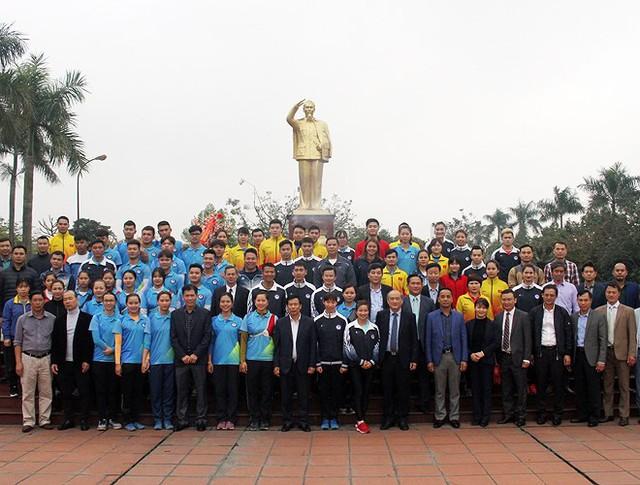 Bộ trưởng Nguyễn Ngọc Thiện thăm và chúc tết các HLV, VĐV tại TTHL Thể thao quốc gia - Ảnh 3.