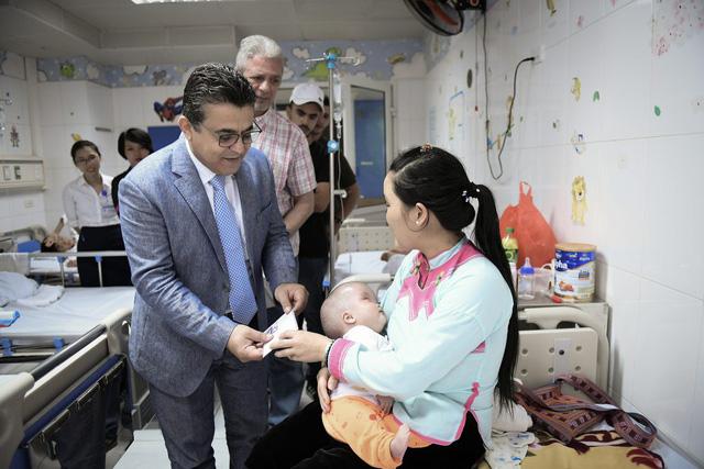 Đại sứ Palestine tại Việt Nam tham gia hiến máu cứu người - Ảnh 2.
