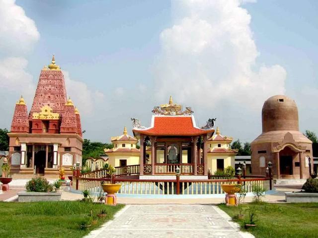 Những ngôi chùa nổi tiếng bạn nên đến hành hương đầu năm - Ảnh 5.