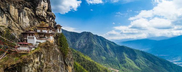 Những ngôi chùa nổi tiếng bạn nên đến hành hương đầu năm - Ảnh 6.