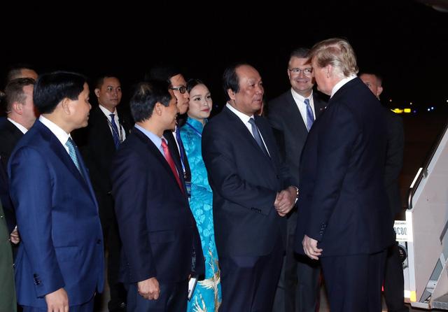 Chân dung 2 nữ sinh tặng hoa Chủ tịch Kim Jong-un và Tổng thống Donal Trump - Ảnh 5.