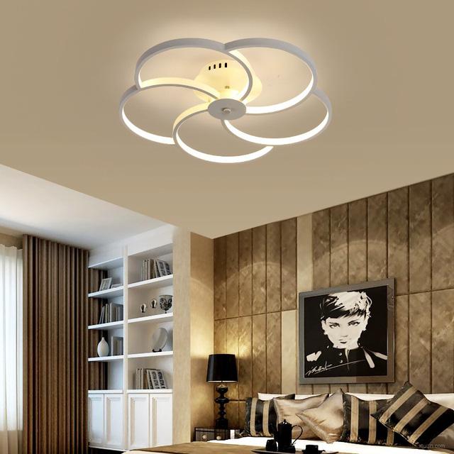 Cách chọn 4 loại đèn trang trí cho phòng khách ấn tượng - Ảnh 2.