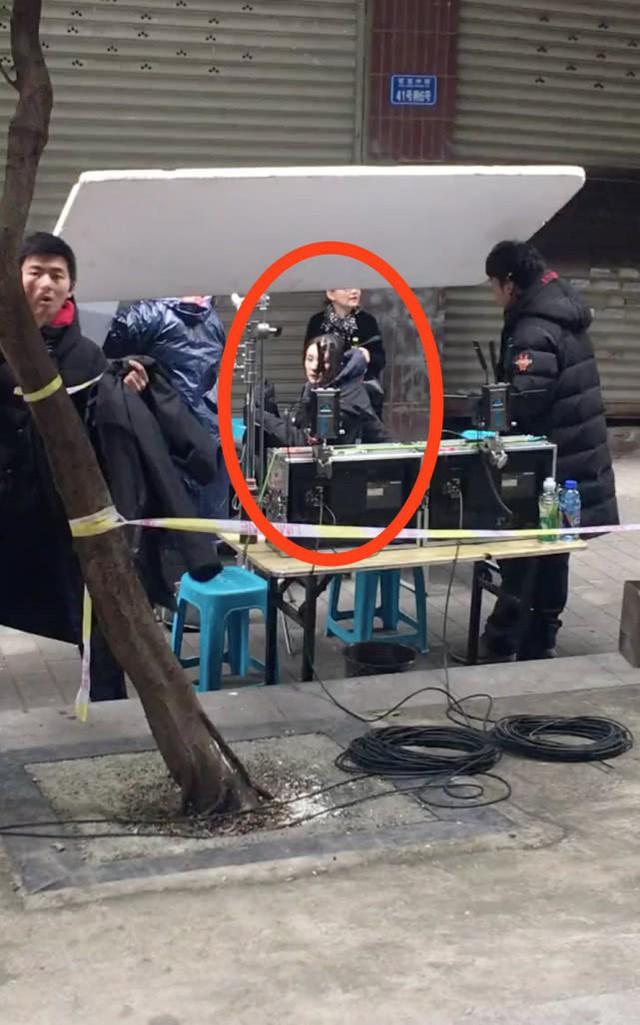 Dương Mịch đã trở lại phim trường sau ly hôn - Ảnh 2.