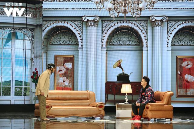Xuân Bắc khóc nghẹn vì bố Tự Long, Quang Thắng ở Gala cười 2019 - Ảnh 2.