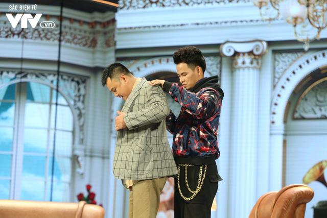 Xuân Bắc khóc nghẹn vì bố Tự Long, Quang Thắng ở Gala cười 2019 - Ảnh 9.