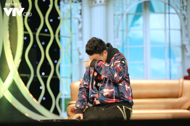 Xuân Bắc khóc nghẹn vì bố Tự Long, Quang Thắng ở Gala cười 2019 - Ảnh 20.