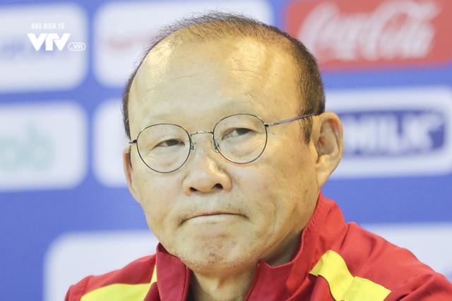 Đức Chinh xuống phong độ, thầy Park tin V.League không vô tội - Ảnh 1.