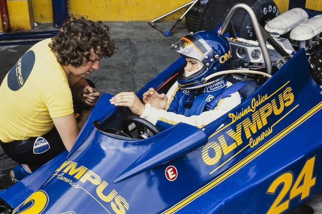 Charlie Whiting - Giám đốc giải đua xe công thức 1 qua đời - Ảnh 2.