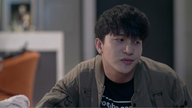Những biểu cảm khó đỡ của B Trần trong phim Mối tình đầu của tôi - Ảnh 10.