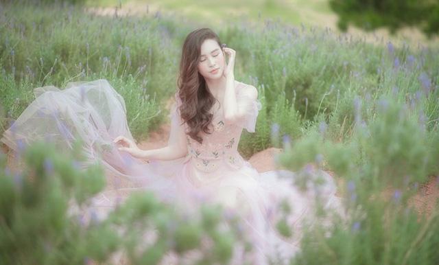 Hoa hậu Tiểu Vy khoe nhan sắc ngọt ngào sau nửa năm đăng quang - Ảnh 9.