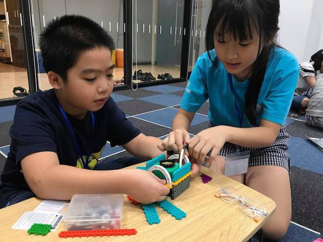 Trẻ em say mê với trải nghiệm lập trình robot - Ảnh 6.