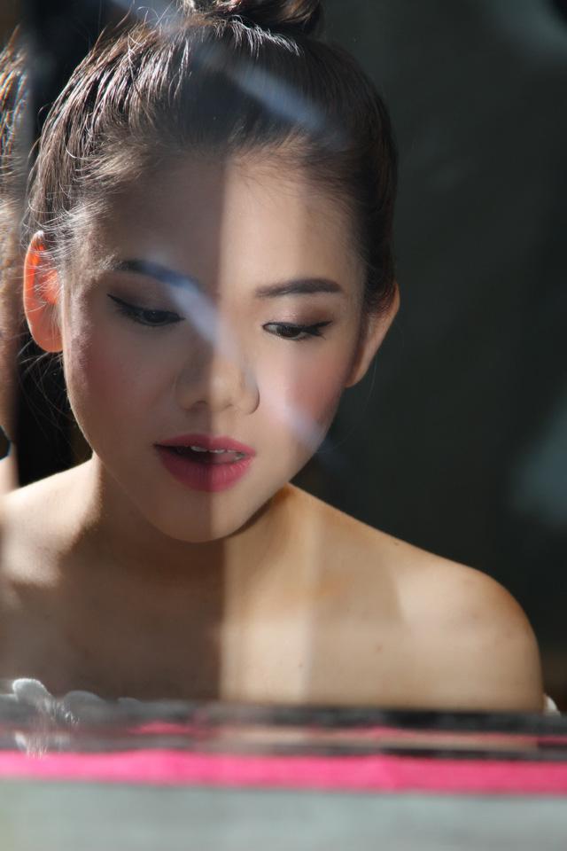 Cô gái Việt 19 tuổi chuẩn bị gì cho vòng thi tiếp theo tại American Idol 2019? - Ảnh 4.