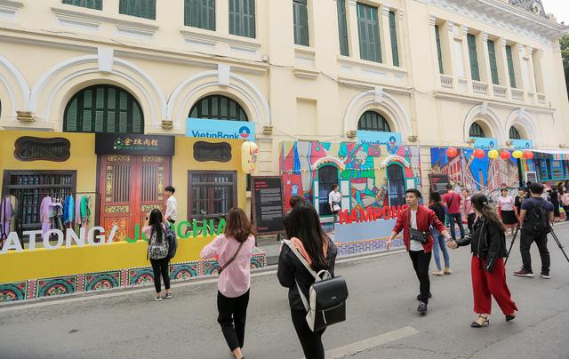 Cơm gà đẳng cấp Michelin gây sốt ở Lễ hội Singapore đầu tiên tại Việt Nam - Ảnh 11.