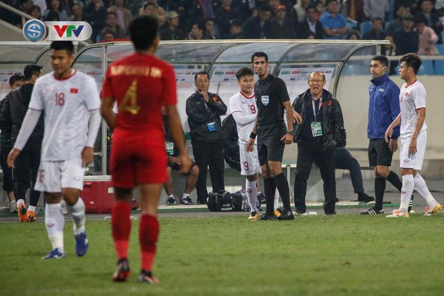 ẢNH: Ghi bàn ở phút bù giờ, U23 Việt Nam giành chiến thắng nghẹt thở trước U23 Indonesia - Ảnh 9.