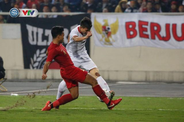ẢNH: Ghi bàn ở phút bù giờ, U23 Việt Nam giành chiến thắng nghẹt thở trước U23 Indonesia - Ảnh 12.