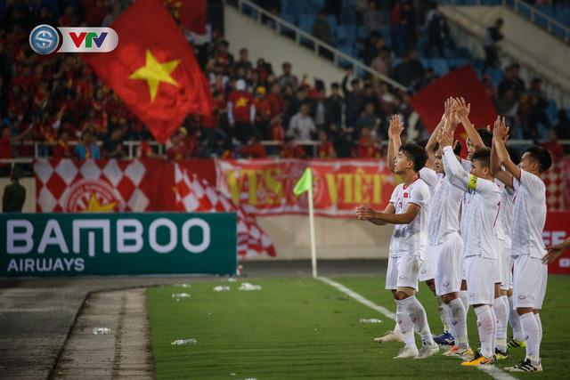 ẢNH: Ghi bàn ở phút bù giờ, U23 Việt Nam giành chiến thắng nghẹt thở trước U23 Indonesia - Ảnh 22.