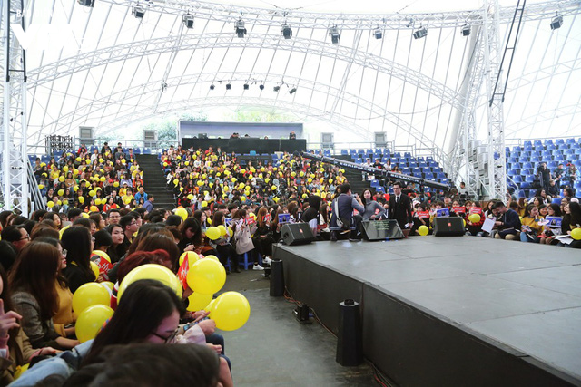 Hyomin (T-ara) náo loạn Bữa trưa vui vẻ cùng hàng trăm fan Việt - Ảnh 15.