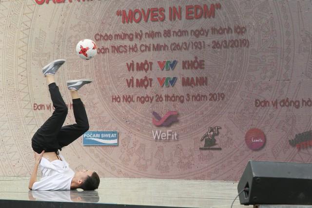 Moves in EDM - Sôi động cùng sức trẻ VTV - Ảnh 14.
