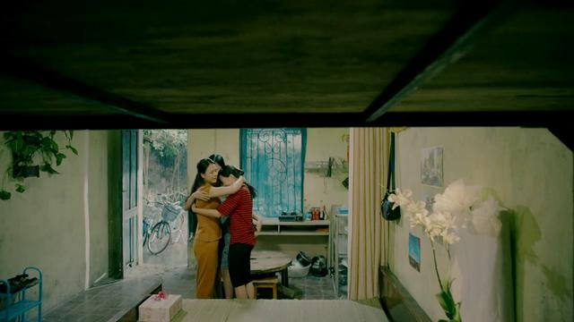 Rớt nước mắt với video hé lộ kết phim Những cô gái trong thành phố - Ảnh 13.