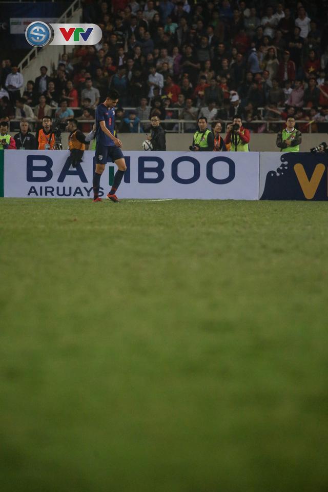 ẢNH: Đại thắng U23 Thái Lan, U23 Việt Nam giành vé tham dự VCK U23 châu Á 2020 - Ảnh 11.