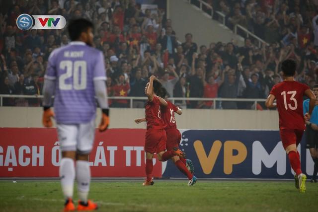 ẢNH: Đại thắng U23 Thái Lan, U23 Việt Nam giành vé tham dự VCK U23 châu Á 2020 - Ảnh 17.