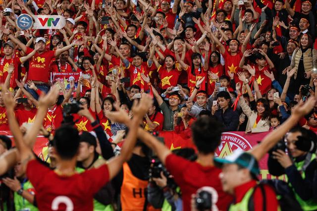 ẢNH: Đại thắng U23 Thái Lan, U23 Việt Nam giành vé tham dự VCK U23 châu Á 2020 - Ảnh 18.