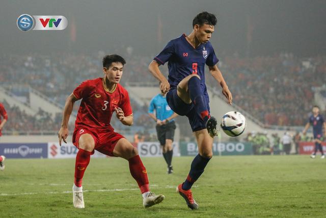 ẢNH: Đại thắng U23 Thái Lan, U23 Việt Nam giành vé tham dự VCK U23 châu Á 2020 - Ảnh 2.