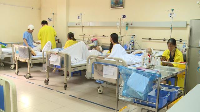 Hành trình làm chủ kỹ thuật phẫu thuật u não thức tỉnh của các bác sĩ Việt Nam - Ảnh 2.